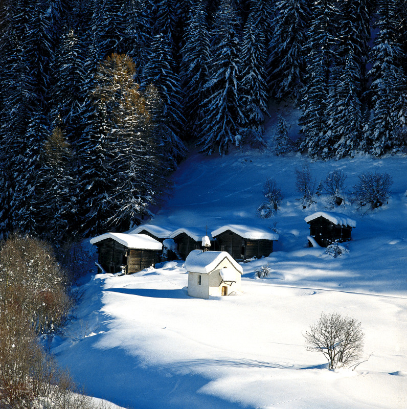 valais-niederwald-chapel.jpg